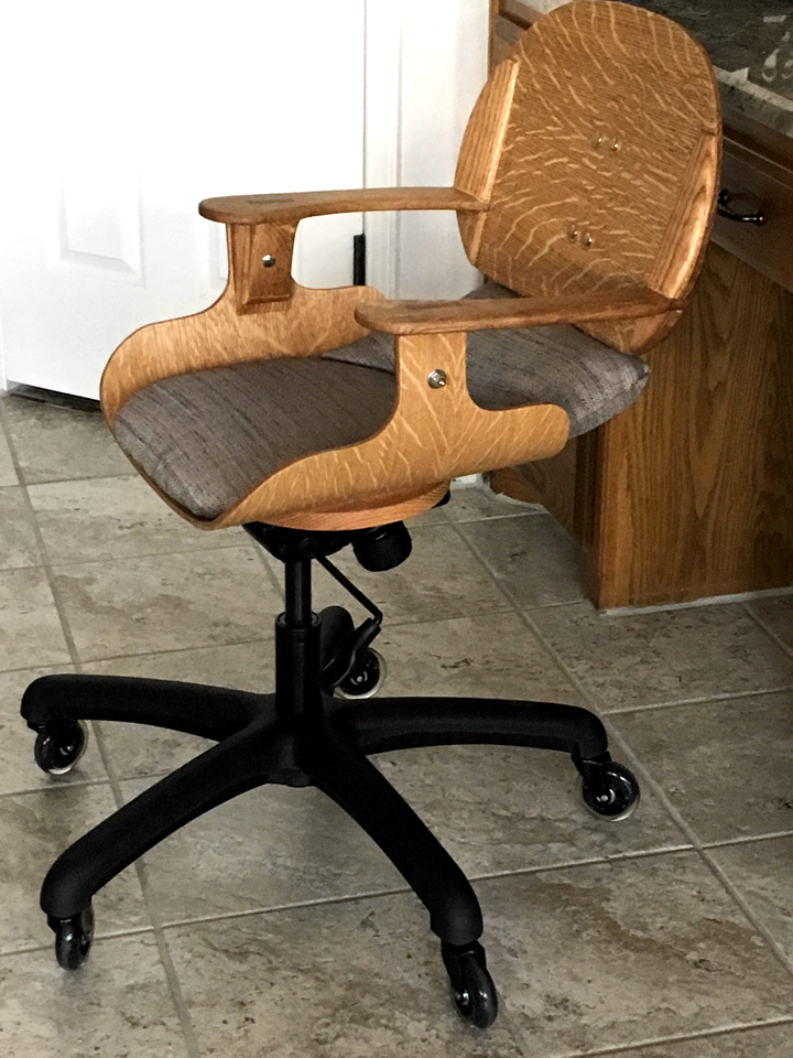 ../../images/woodwork/desk_chair/chair_4.png