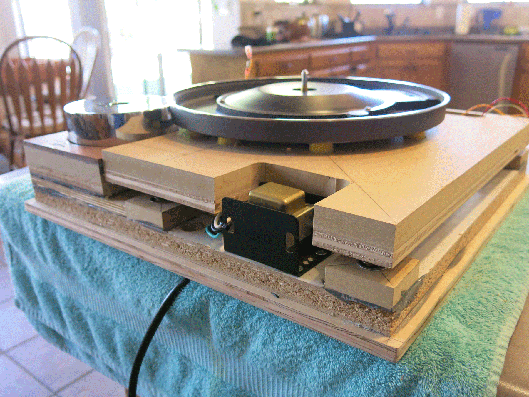 ../../images/woodwork/turntable/IMG_1308.png
