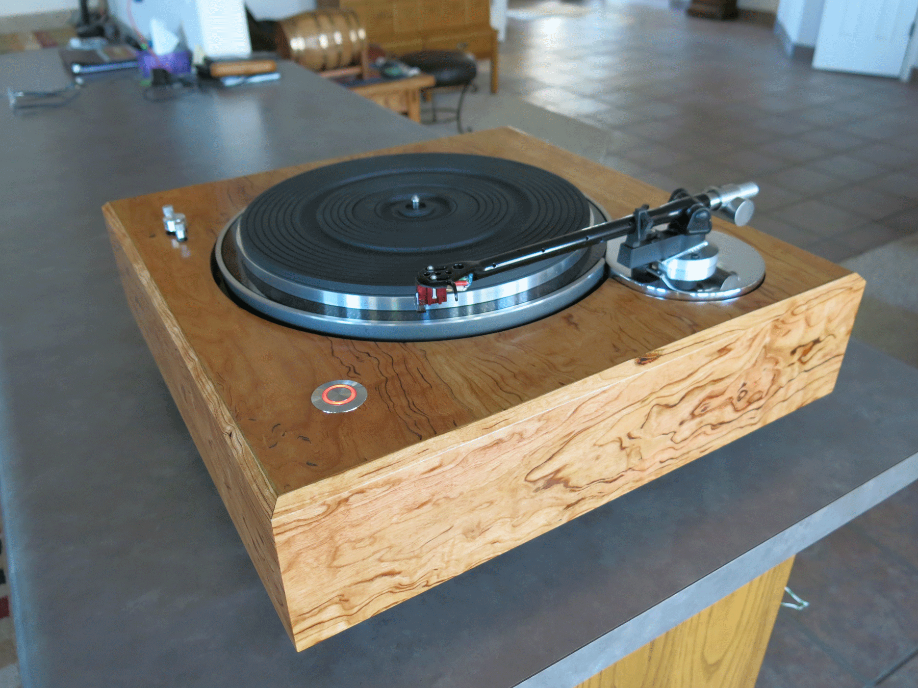../../images/woodwork/turntable/IMG_1309.png