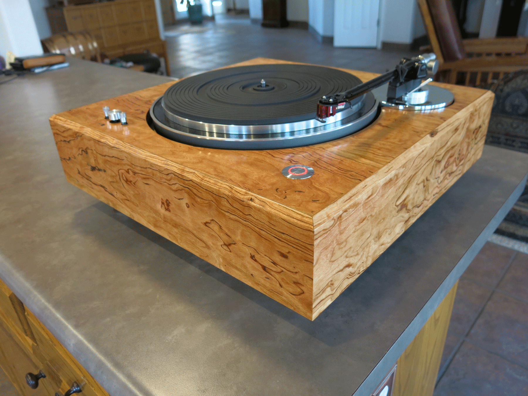 ../../images/woodwork/turntable/IMG_1312.png
